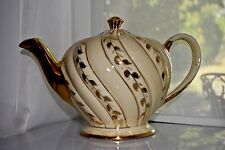 SADLER Art Deco Teapot Cream & Gold Gilt Paneled Swirls Made in England 1679