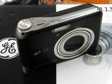 GE C1130 Compact Camera ( 11.1 MP,3 x Optical Zoom,2.5 -inch LCD ) - BLACK