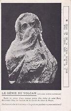 ROYAT buste en pierre d'une étrange statue douverte durant des fouilles