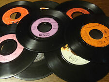 lot 50 disques vinyl 45 tours pour décoration soirée ambiance musique disco rock