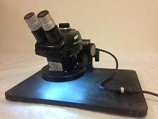 Bausch & Lomb Lighted microscope with power supply 0.7-3x