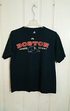 BOSTON RED SOX TEE MAJESTIC LARGE BLUE SHORT SLEEVE PENNANTS ON BACK