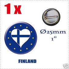 Badge Ø25mm Pays de l'europe des 28, drapeau en forme de coeur FI (FINLANDE)