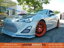 Scion: FR-S 6MT