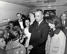 Photograph 36th President United States Lyndon Johnson Swearing In  1963  8x10