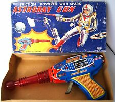 60s Japan Shudo Toys! BOXED TINPLATE FRICTION SPARK SPACE RAY GUN Working Order!
