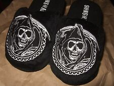 NWT Adult Sm 5-6 Black The Sons Of Anarchy Reaper Skull Face Plush Slippers SOA