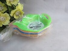 Set of 4 vtg plastic tea bag holders.Niagara Falls souvenir.Tea pot shape