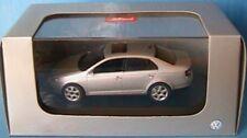 VW VOLKSWAGEN JETTA 2005 2.0 TDI SILVER METALLIC SCHUCO 1/43 4 PORTES DOORS