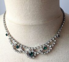 Superbe collier couleur argent pierres cristal diamant émeraude swarovski /213