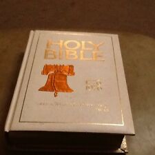 Holy Bible Family American Bicentennial Edition 1776-1976 King James Version