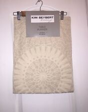 NWT KIM SEYBERT Neiman Marcus Embroidered Ivory Holiday LINEN TABLE RUNNER 14x72