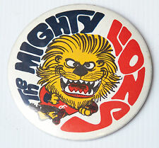 VINTAGE VFL FITZROY LIONS FOOTBALL CLUB SUPPORTERS TIN BADGE w PIN 4 DUFFLE COAT