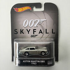 2015 HOT WHEELS SKY FALL 007 ASTON MARTIN DB5 1963