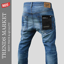 G-Star Raw us first straight. GR: 33/32. Special Limited Edtion red inscripción. nuevo