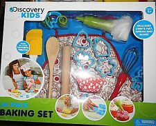 DISCOVERY KIDS 24 PIECE BAKING SET_ CHEF HAT_APRON_FROSTING BAGS_TIPS_AND MORE!!