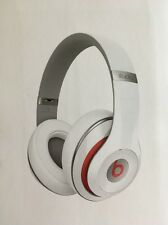 Beats by Dr. Dre Studio 2.0 Wireless Over The Ear Headphones headband White F2