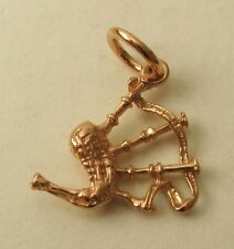 SOLID 9ct ROSE GOLD 3D SCOTTISH BAG PIPES CHARM/PENDANT