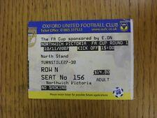 10/11/2007 BIGLIETTO: OXFORD UNITED V northwich Victoria [ Association Cup ] (piegato). ciò si
