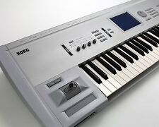 KORG TRITON Classic 61 KEY, SAMPLER, SYNTHESIZER w Pianos/ Classic Keyboard card