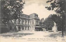 CPA 84 BOLLENE PLACE DE L'HOTEL DE VILLE