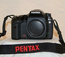 PENTAX K10D 10.2 MP Digital SLR Camera (Body Only) Low shutter count