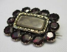 ANTIQUE GEORGIAN GOLD FLAT CUT FOILED BACK GARNET MOURNING BROOCH CIRCA 1815