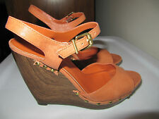 JESSICA SIMPSON PLATFORM WEDGE SHOES HEELS 7.5 M STUDDED CORAL LEATHER OPEN TOE