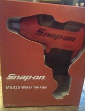 Snap-On Water Squirt Gun Drill Replica Toy MG325 NIB
