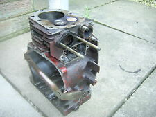 WISCONSIN ROBIN STATIONARY ENGINE.ENGINE BLOCK, VALVES AND BEARING