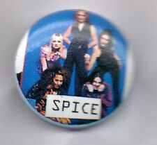 THE SPICE GIRLS  BUTTON BADGE - RARE 90s GIRL POP BAND  WANNABE SPICEWORLD