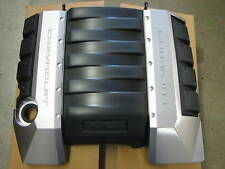 New GM 2010 Camaro SS LS3 6.2 V8 Engine/Fuel Rail Cover