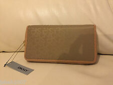 DKNY Beige Tan Ladies Purse Wallet BRAND NEW WITH TAGS **LOOK**