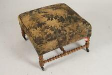 ENGLISH UPHOLSTERED BENCH ON TURNED GILTWOOD BASE, 19th/20th Century.... Lot 472