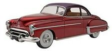 Revell-Monogram 1950 Olds Custom - Plastic Model Car Kit - 1/25 Scale - #854022