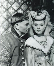 RENEE ASHERSON & LAURENCE OLIVIER UNSIGNED PHOTO - 4592 - HENRY V