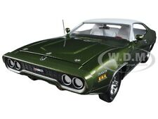 1971 PLYMOUTH SATELLITE SEBRING PLUS GREEN LTD 1002PC 1/18 BY AUTOWORLD AMM1092