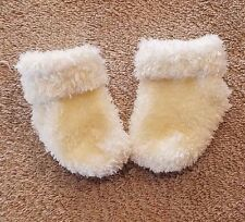 CUTE BABY GIRL 0-3 MONTH YELLOW FUZZY SOCKS ADORABLE!