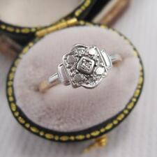 ART DECO PERIOD DIAMOND RING in 18ct GOLD and PLATINUM size K
