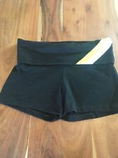 NEW VS SPORT VICTORIAS SECRET WORKOUT YOGA FOLDOVER SHORTS M