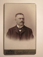 Veszprém - Wesprim / Weißbrunn - Mann im Anzug mit Brille - / CDV Ungarn