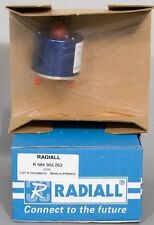 NEW Radiall SP5T .8-3 GHz 28 VDC RF SMA Coaxial Switch R584.303.263 R584303263