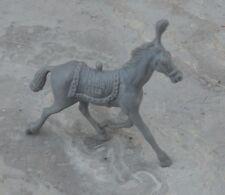Figurine des années 1970, collection La Roche aux Fées, le cheval de cirque