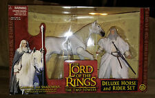 Lord of the Rings Two Towers Gandalf And Shadowfax  NIB Hobbit Deluxe Horse Set