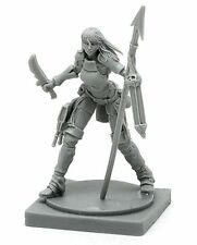 AYA SURVIVOR - KINGDOM DEATH MONSTER miniature figurine hard PLASTIC sprue