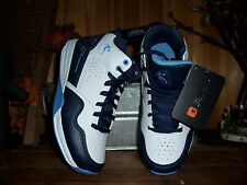 AND1 BOYS ATHLETIC SHOES SIZE 3 SCHOOL BASKETBALL SHOES SPORTS APPAREL CASUAL