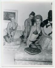1950's Photo, three beautiful nude pin-up girls posing in sexy lingerie, x16564