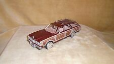 1/24 SCALE  DIE CAST  MOTOR MAX 1979 CHRYSLER LeBARON TOWN & COUNTRY WAGON