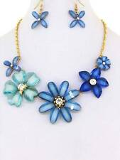 MULTI BLUE LUCITE FLOWER CLEAR CRYSTAL STUD GOLD TONE BASE NECKLACE EARRING