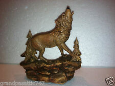 Howling Wolf in Tree Forest on Ridge Figurine + Base + Two Mounting Holes NICE!